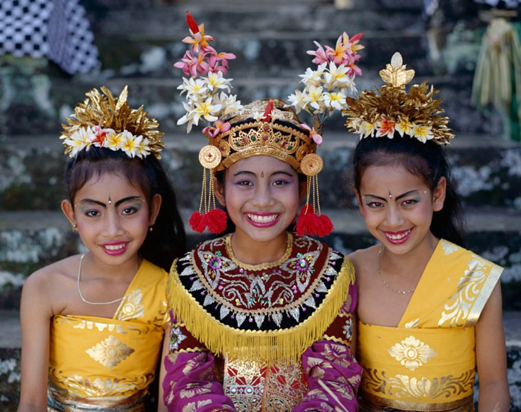 Stock Photo: 1609-13304 Legong Dancers / Girls Dressed in Traditional Dancing Costume, Bali, Indonesia
