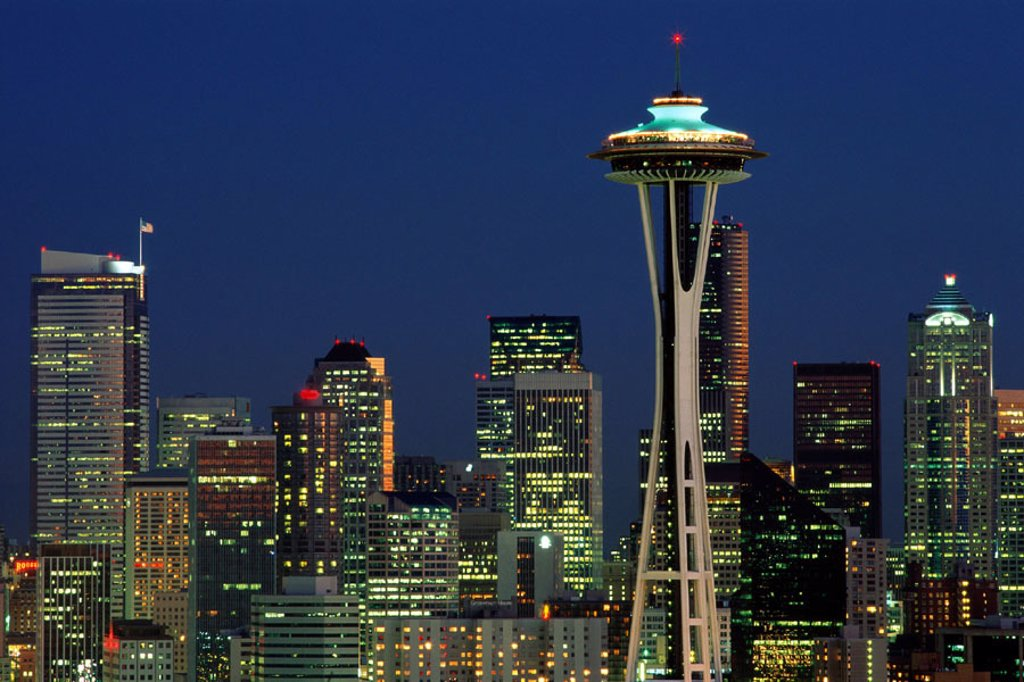 Stock Photo: 1609-16189 City Skyline & Space Needle / Night View, Seattle, Washington, USA