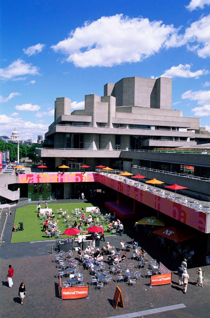Stock Photo: 1609-17095 England, London, National Theatre