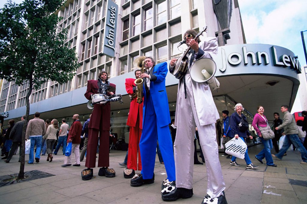 Stock Photo: 1609-17164 England, London, Oxford Street, Street Performers