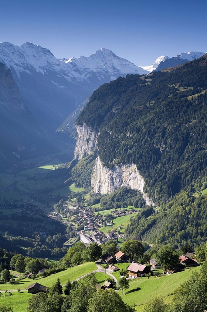 Stock Photo: 1609-20682 Wengen & Lauterbrunnen valley, Berner Oberland, Switzerland