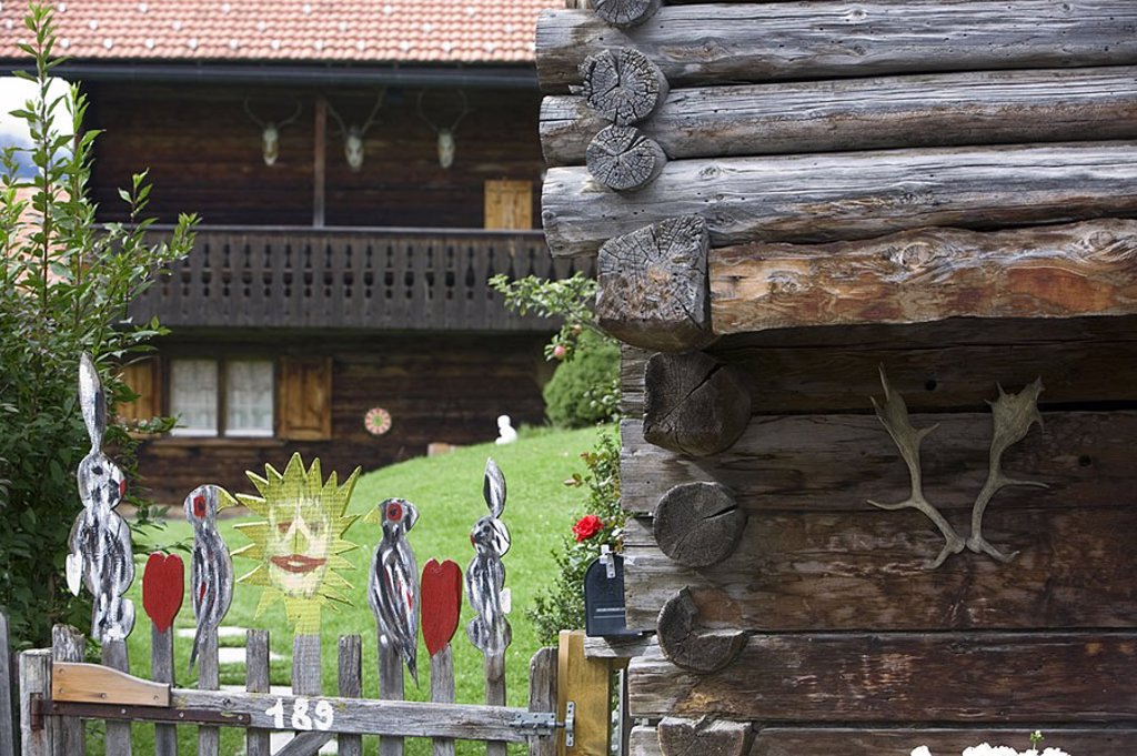 Stock Photo: 1609-20763 Chalets, Klosters, Graubunden, Switzerland