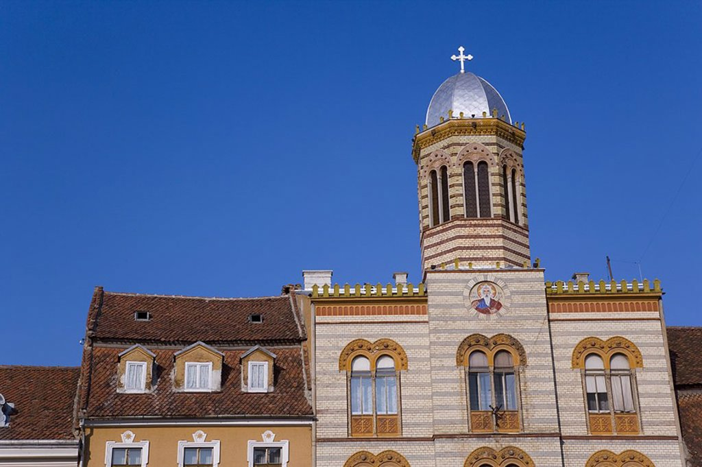Stock Photo: 1609-21329 Orthodox Church, Piata Sfatului, Brasov, Transylvania, Romania