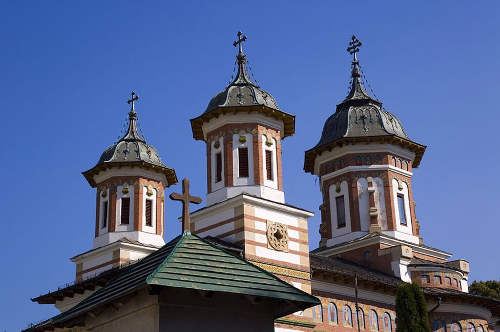 Stock Photo: 1609-21334 Sinaia Monastery, Sinaia, Carpathian mountains, Transylvania, Romania