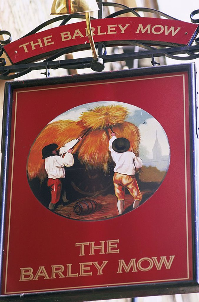 Stock Photo: 1609-22177 August 2006. England, London, The Barley Mow Pub Sign