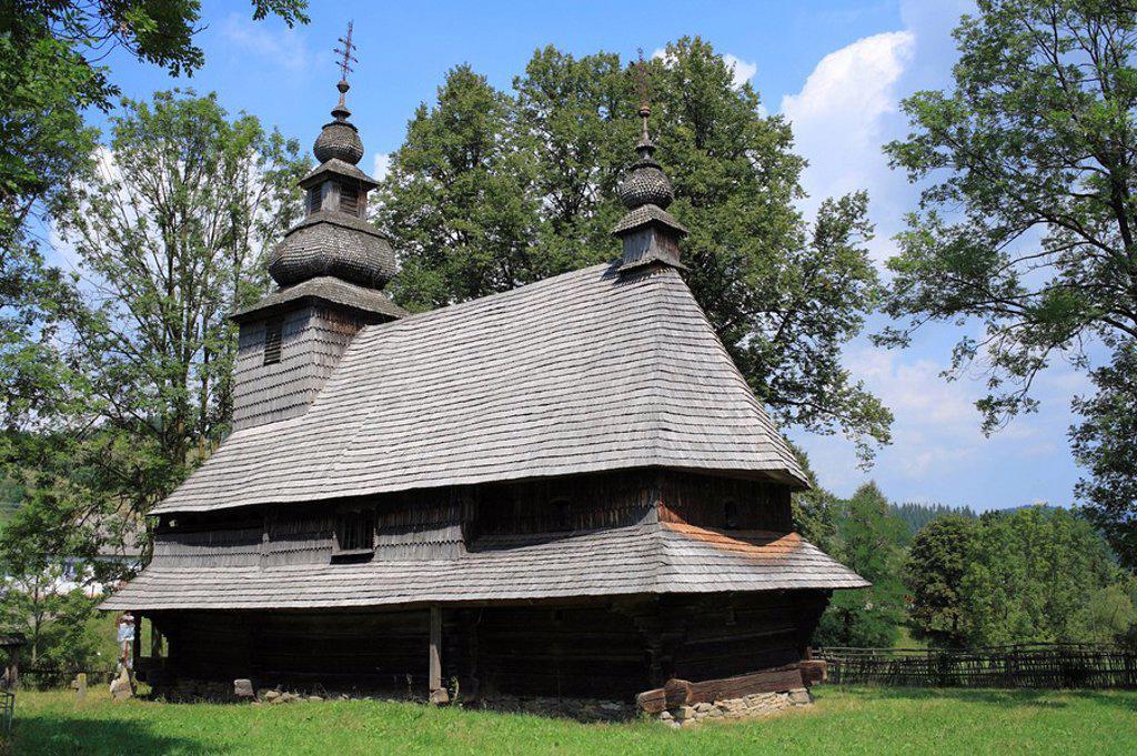 Wooden church 17-18 cent , Rostoka, Zakarpattia Oblast, Transcarpathia, Ukraine : Stock Photo