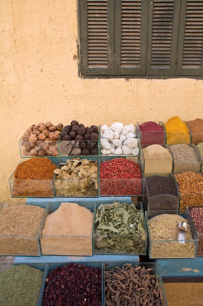 Stock Photo: 1609-24884 Spices at local market, Aswan, Egypt