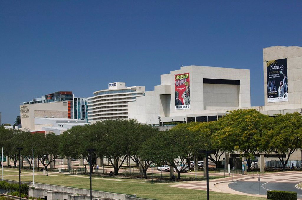 Stock Photo: 1609-27059 Australia, Queensland, Brisbane, Southbank District_ Buildings of Queensland Performing Arts Centre and Griffith University along the Brisbane River