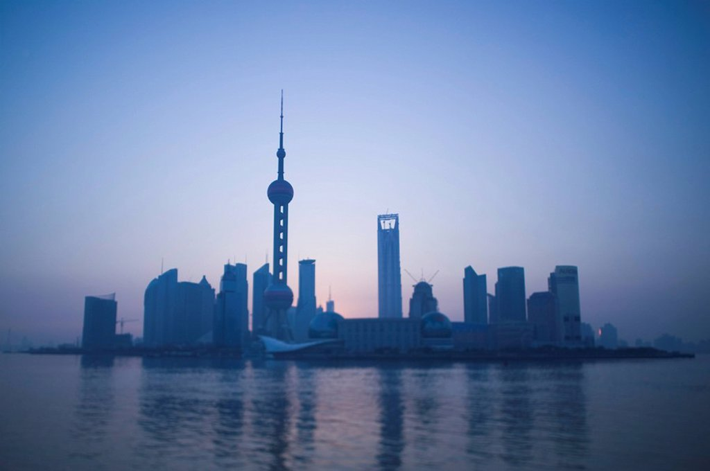 Stock Photo: 1609-27471 China, Shanghai, Pudong District, View of Pudong and Oriental Pearl Tower