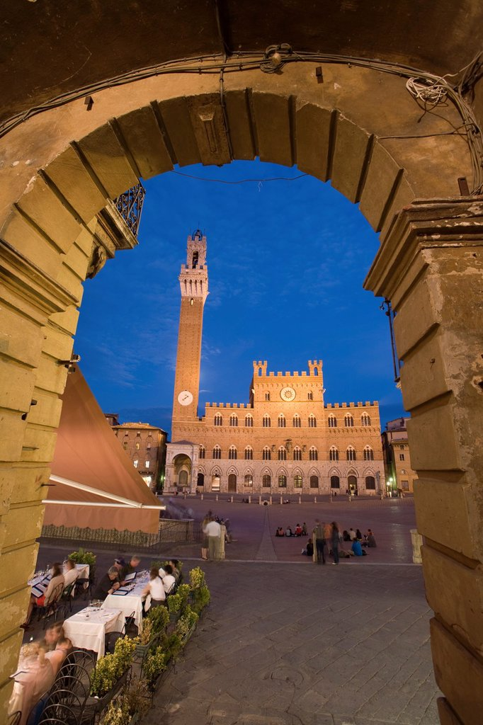 Palazzo Publico & Piazza del Campo, Sienna, Tuscany, Italy : Stock Photo