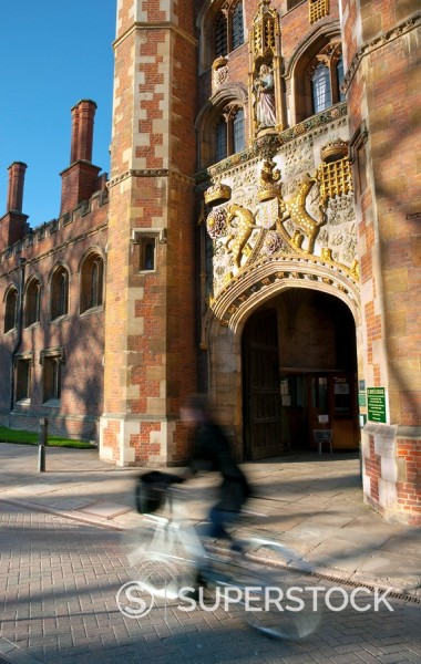 UK, England, Cambridge, Cambridge University, St. John´s College gatehouse : Stock Photo