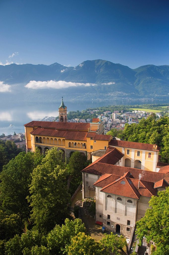 Stock Photo: 1609-34196 Switzerland, Ticino, Lake Maggiore, Locarno, Madonna del Sasso church, morning