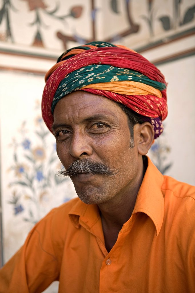 Stock Photo: 1609-34303 Snake Charmer, City Palace, Jaipur, Rajasthan, India, MR