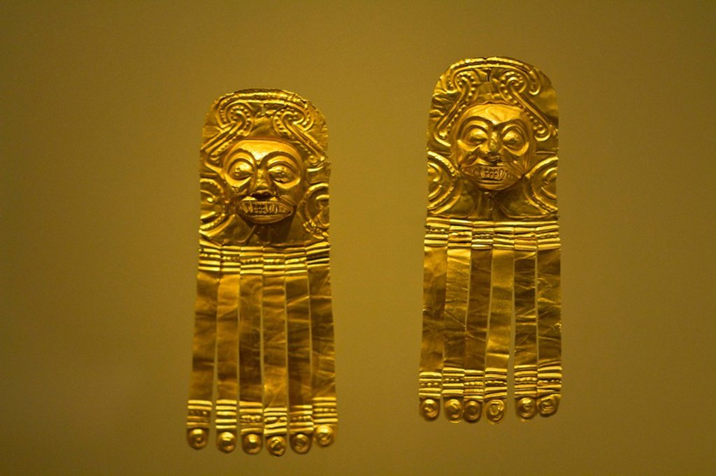 Colombia, Bogota, Gold musuem, Museo Del Oro, Gold artifact : Stock Photo