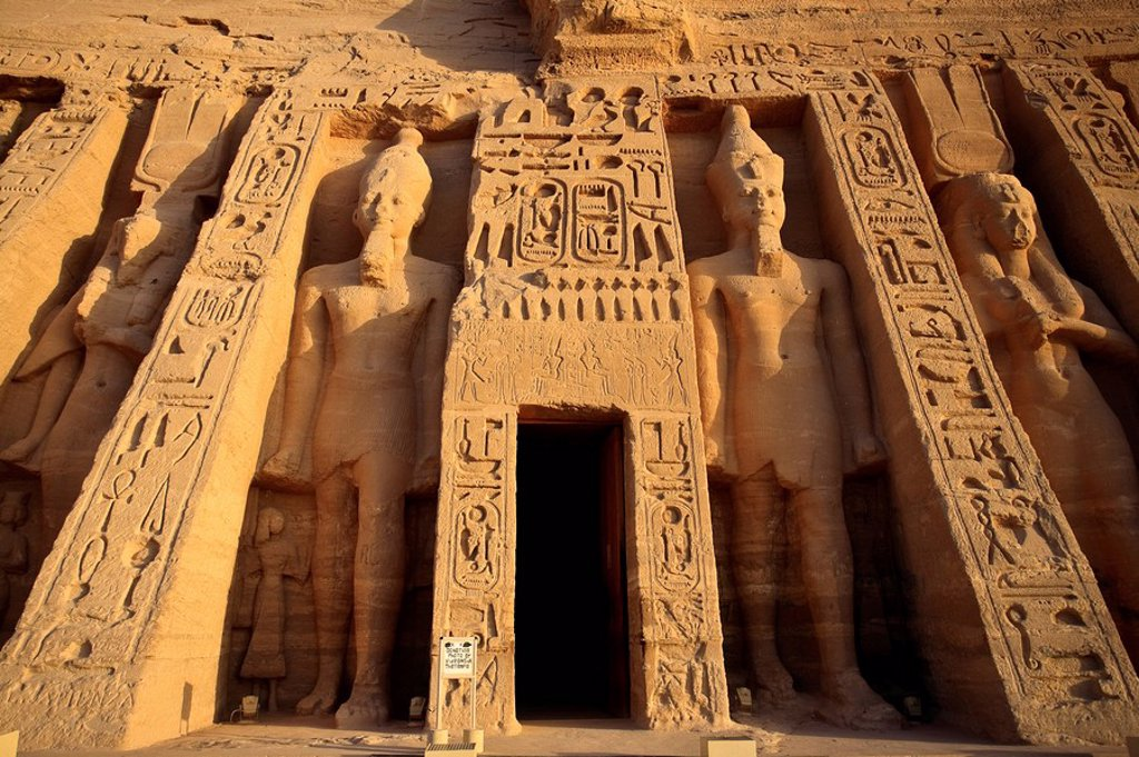 Stock Photo: 1609-35675 Egypt, Abu Simbel, Temple of Nefertari and Hathor