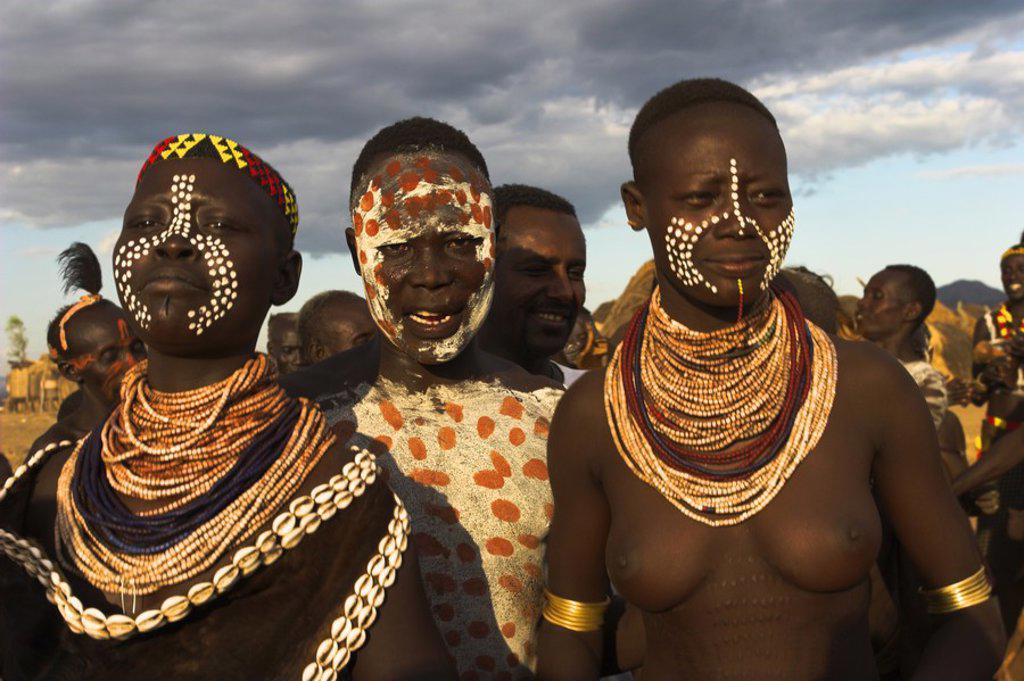 Ethiopia, Lower Omo valley, Kolcho village, Karo people with body painting : Stock Photo