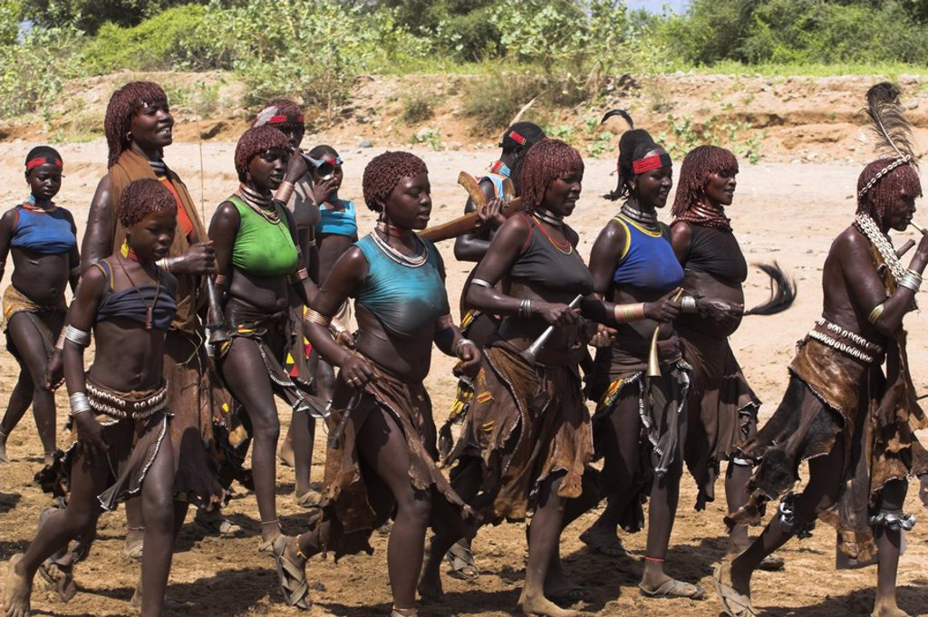 Stock Photo: 1609-35828 Ethiopia, Lower Omo valley, Turmi, Hamer Jumping of the Bulls initiation ceremony
