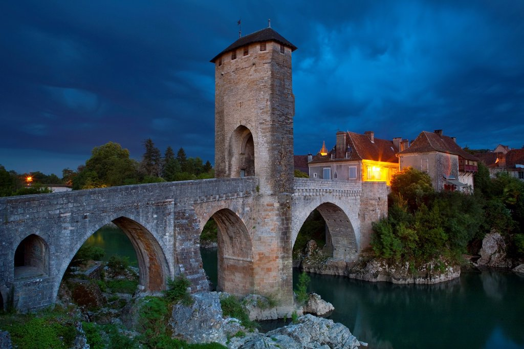 Stock Photo: 1609-36524 Fortified Bridge over the Gave de Pau, Orthez, Pyrenees_Atlantiques, Aquitaine, France