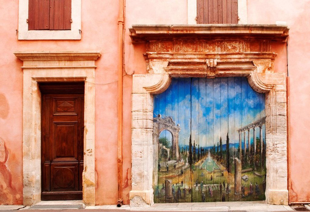 Mural on the door in Roussillon, Provence, France : Stock Photo