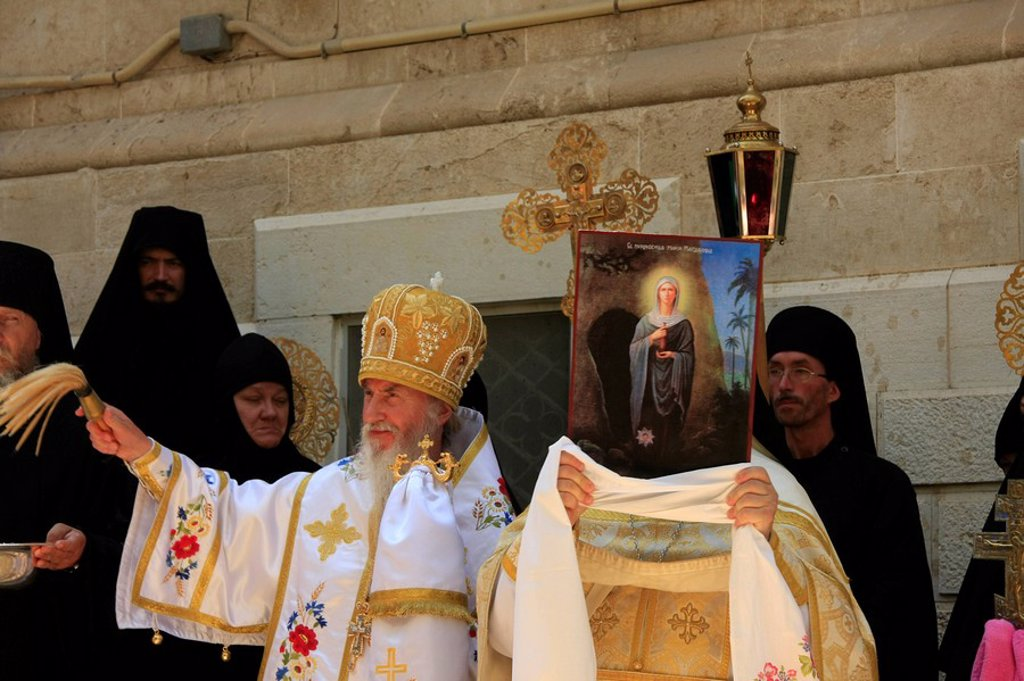 Stock Photo: 1609-37770 Israel, Jerusalem, the feast of Mary Magdalene at the Russian Orthodox Church of Mary Magdalene on the Mount of Olives