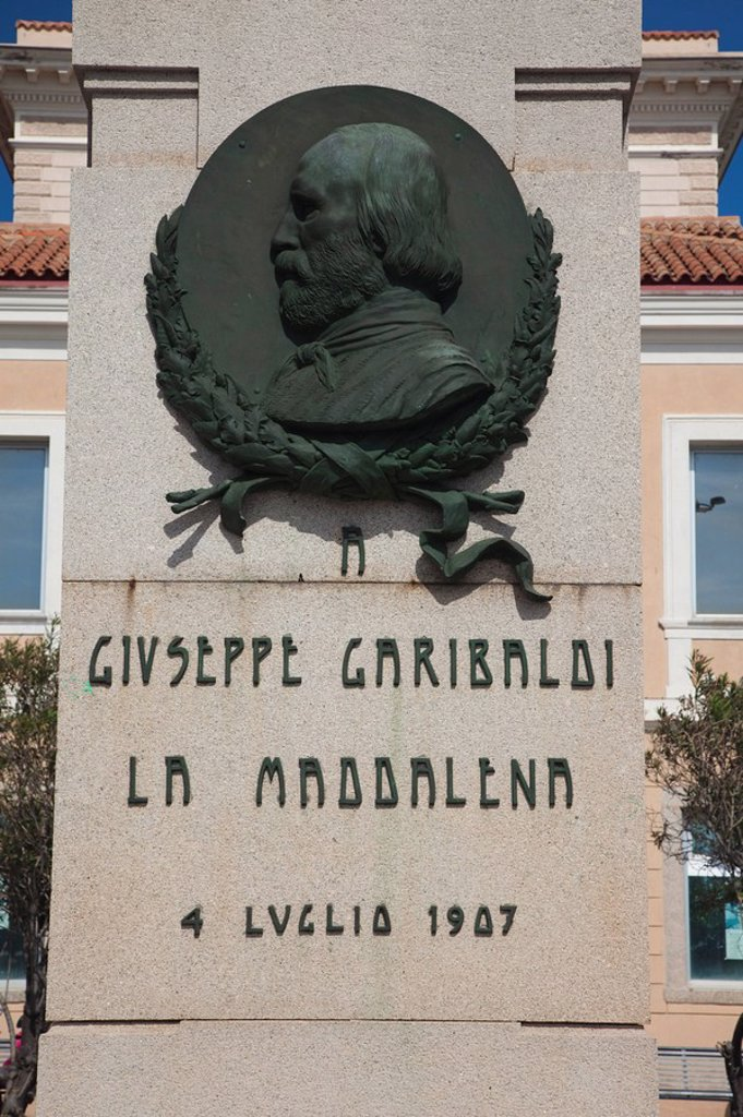 Italy, Sardinia, Northern Sardinia, Isola Maddalena, La Maddalena, monument to Giuseppe Garibaldi, Italian patriot : Stock Photo