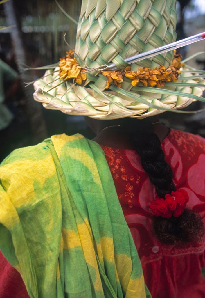 Stock Photo: 1609-39107 Traditional hat and clothing, New Caledonia