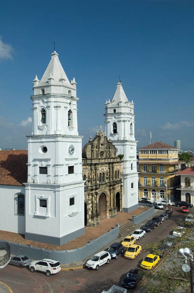 Stock Photo: 1609-39296 Panama, Panama City, Casco Viejo, Twin White Towers of the Metropolitan Cathedral, Plaza de la Catedral, UNESCO World Heritage Site