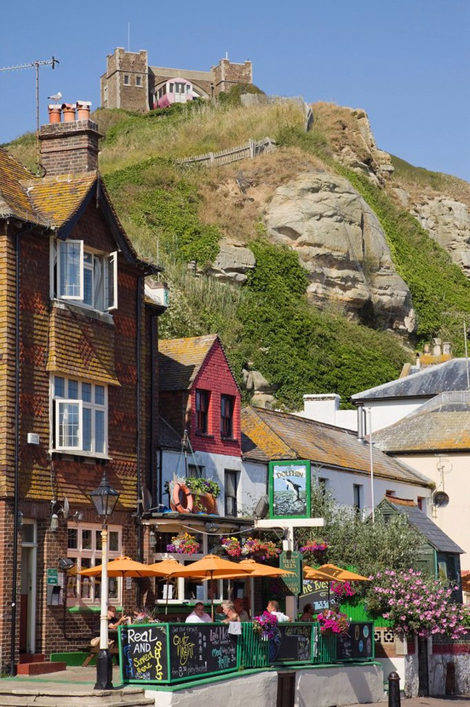 Stock Photo: 1609-41914 England, East Sussex, Hastings, Pub in The Old Town