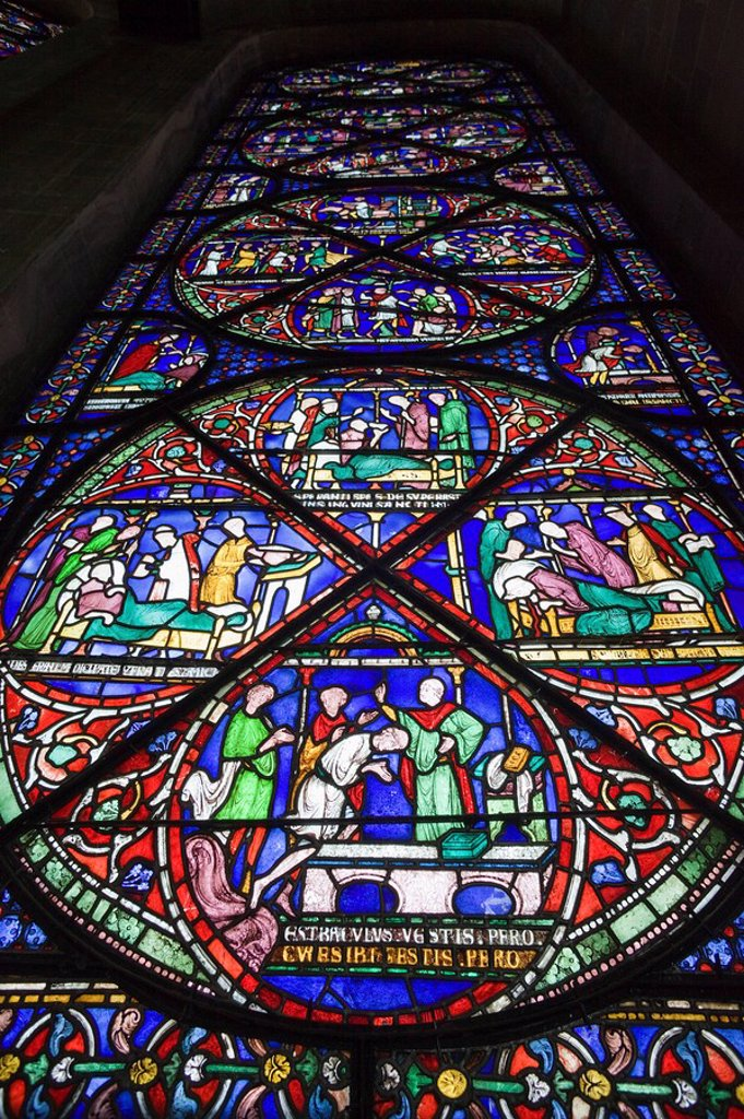 England, Kent, Canterbury, Canterbury Cathedral, Stained Glass Window : Stock Photo