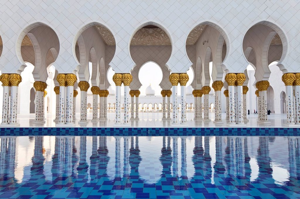 Stock Photo: 1609-43328 United Arab Emirates UAE, Abu Dhabi, Sheikh Zayed Bin Sultan Al Nahyan Mosque, Gilded columns