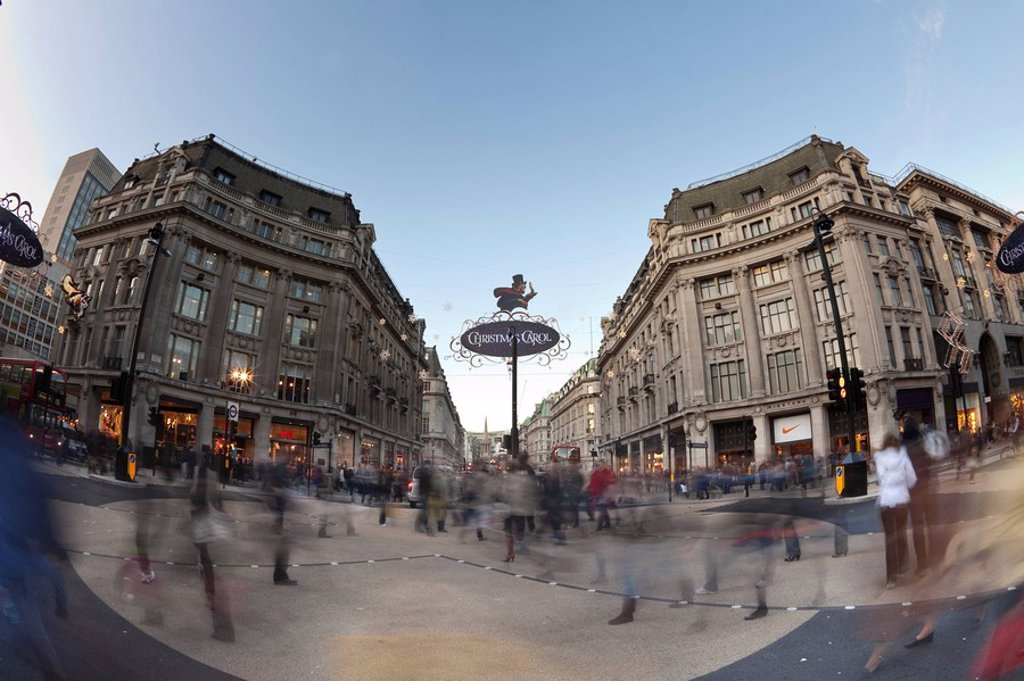 Stock Photo: 1609-43664 Oxford Circus crossing, London, England