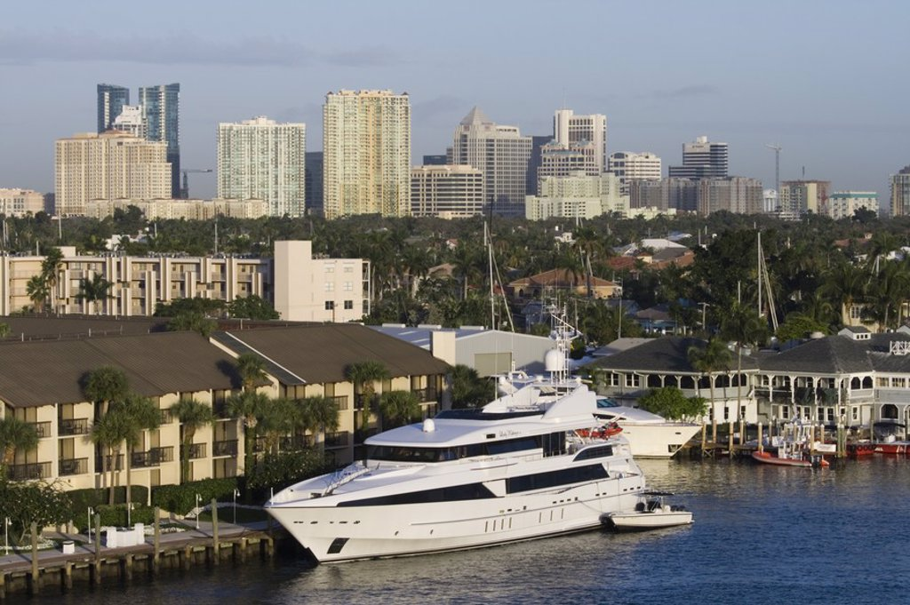 Stock Photo: 1609-44685 City View from Intracoastal Waterway, Fort Lauderdale, Florida, USA