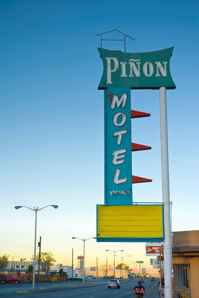 USA, New Mexico, Albuquerque, Route 66, Pinon Motel sign : Stock Photo