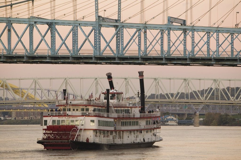 Stock Photo: 1609-45212 Riverboat on Ohio River &, Roebling Suspension Bridge, Cincinnati, Ohio, USA