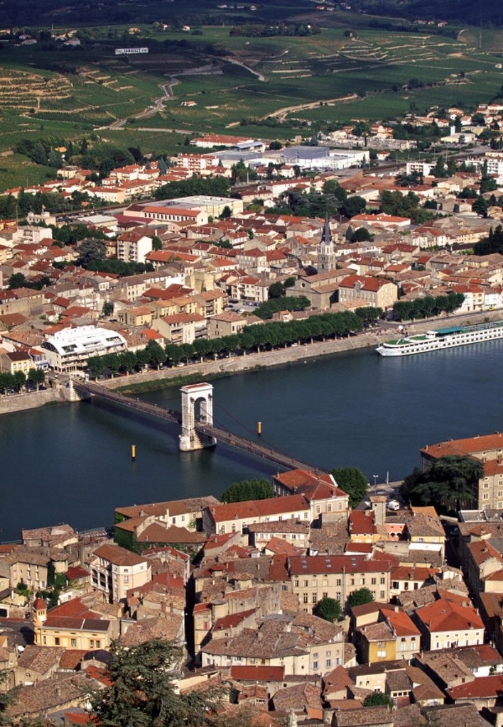 Stock Photo: 1609-4599 Tournon sur Rhone, Cote du Rhone, Drome, Rhone-Alpes, France