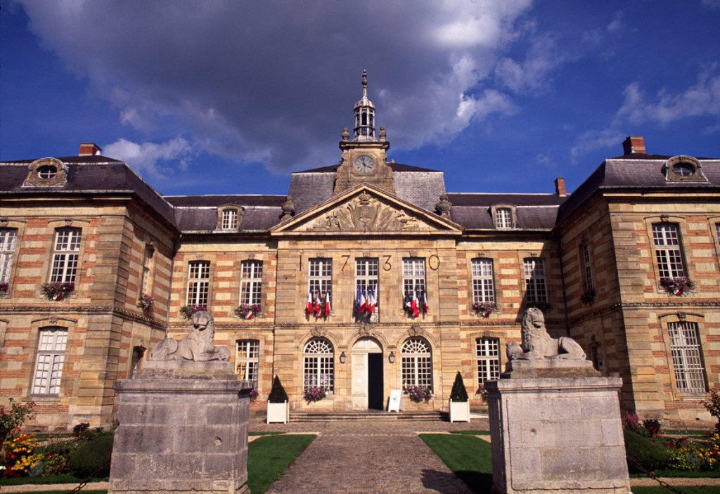 Stock Photo: 1609-4762 Hotel de Ville, Ste-Menehould, Champagne region, France