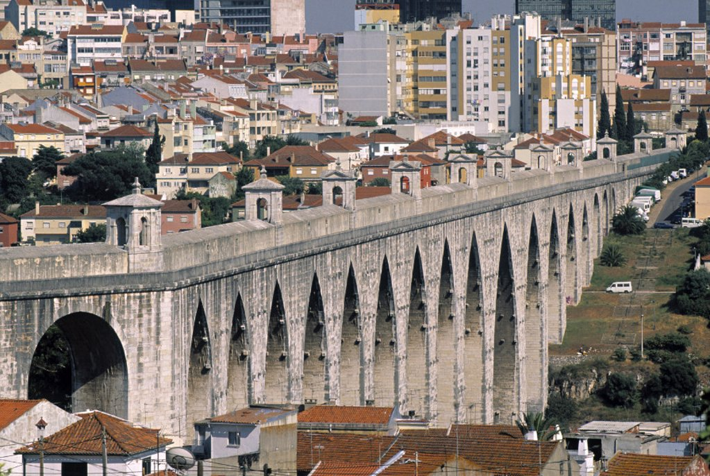 Aqueduto das Aguas Livres Lisbon Portugal : Stock Photo