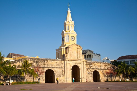 Stock Photo: 1609R-28659 Colombia, Bolivar, Cartagena De Indias, Plaza de la Paz, Porta del Reloj gateway and Clocktower