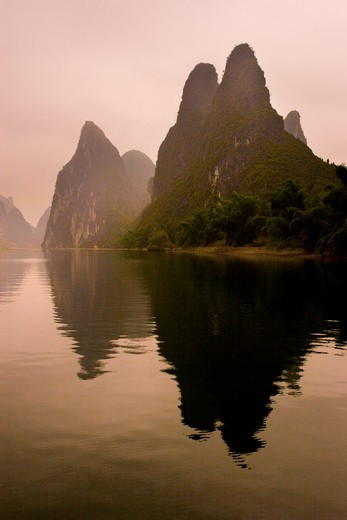Landscape along Li River, Yangshuo, Guangxi Province, China : Stock Photo