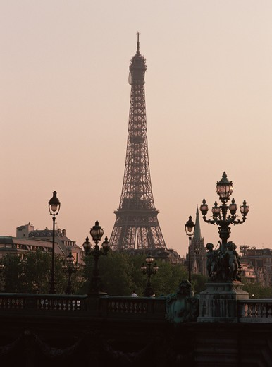 Stock Photo: 1609R-29404 Eiffel Tower, Paris, France