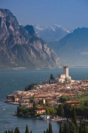 Stock Photo: 1609R-30402 Italy, Veneto, Lake District, Lake Garda, Malcesine