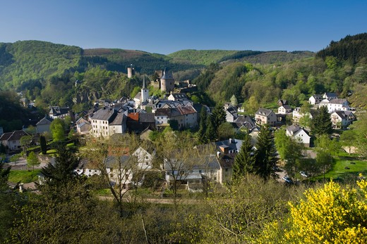 Stock Photo: 1609R-30550 Luxembourg, Sure River Valley, Esch-sur-Sure, Town View