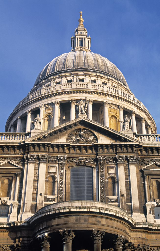 Stock Photo: 1609R-31746 St. Paul's Cathedral, London, England