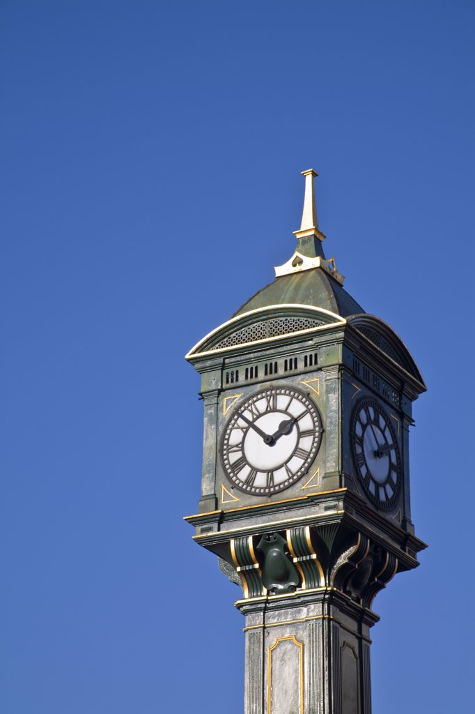 Stock Photo: 1609R-31920 Endland, West Midlands, Birmingham, Jewellery Quarter, Chamberlain Clock erected in 1903