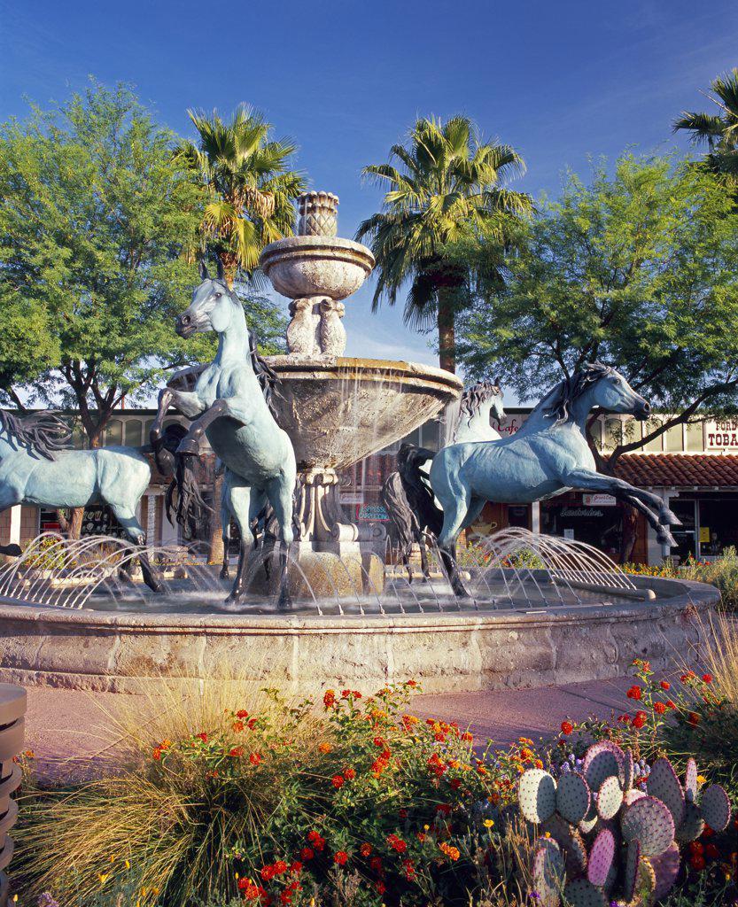 Stock Photo: 1609R-32180 Main Street, Scottsdale, Arizona, USA