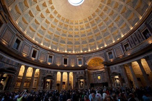 Interior oculus dome in Pantheon, Rome, Italy. : Stock Photo