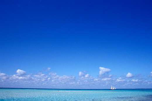 Stock Photo: 1626R-12558 Tropical Ocean on a Clear Day