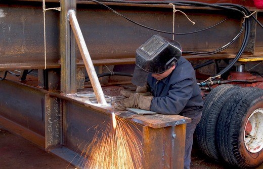 Stock Photo: 1626R-13289 Dock Worker in a Shipyard