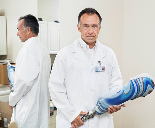 Palm Springs, California, USA. Portrait of a mature technician with advanced prosthetic foot : Stock Photo