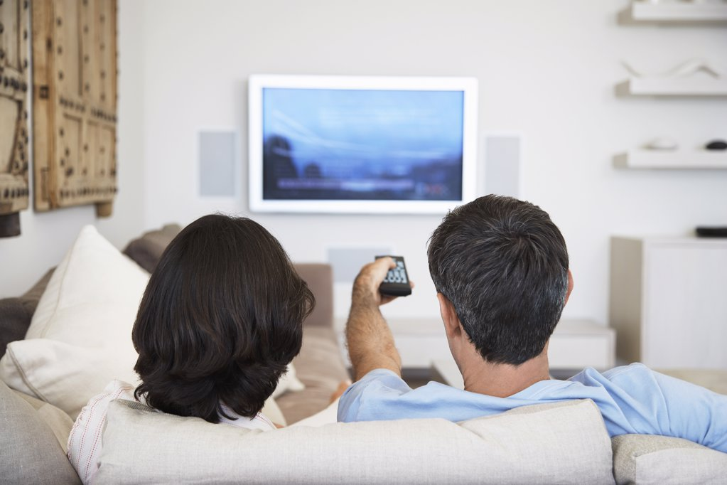 Stock Photo: 1654R-14726 Man Watching TV